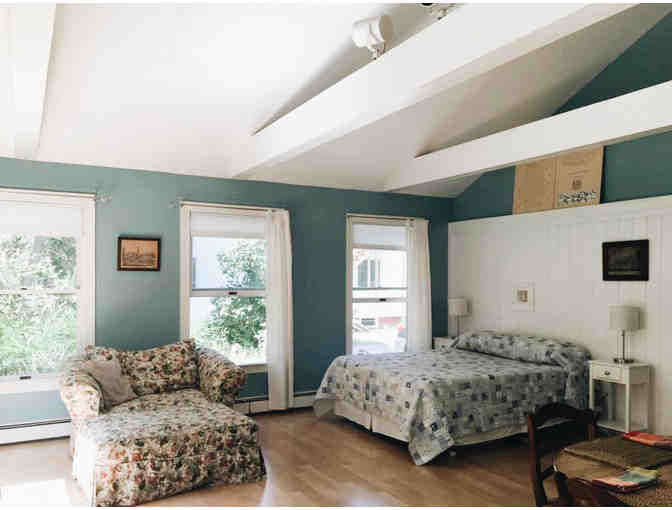 Coastal Maine Getaway: Secluded Sunny Studio in Village of Freeport, ME