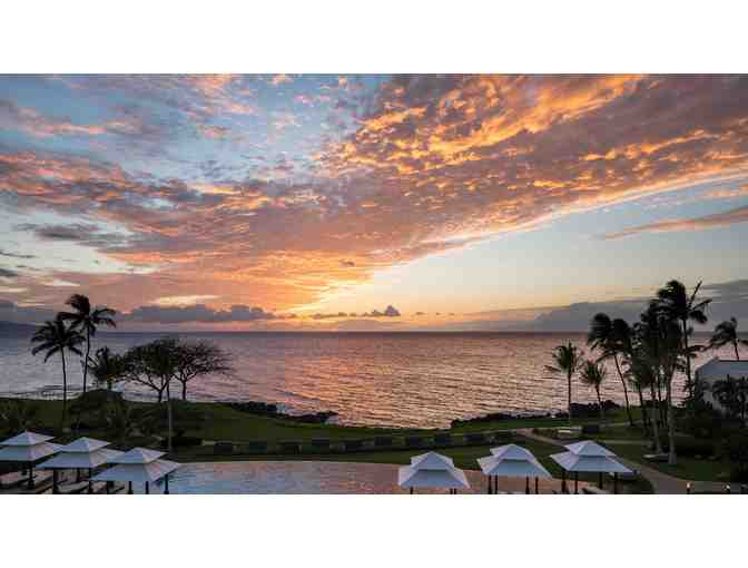 Wailea Beach Resort - Maui - 3 Night ocean view - 2 VIP Luau Tickets - Bfast for two!