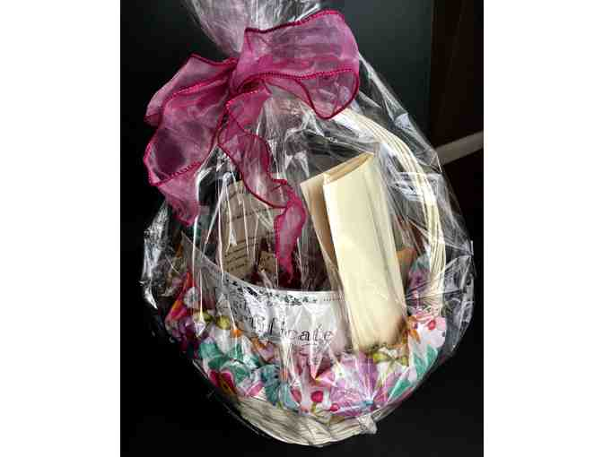 ****Full Body Massage and Gift Basket