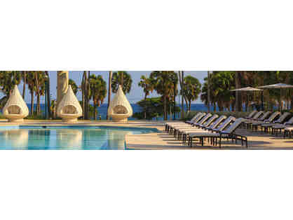 3 Night Stay with Breakfast at the Renaissance Santo Domingo Jaragua Hotel & Casino!