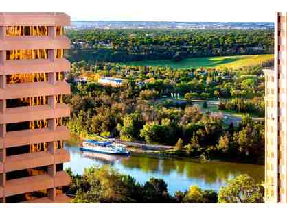1 Night Stay (Fri or Sat) in a Deluxe Room w/ Breakfast for 2 at The Westin Edmonton