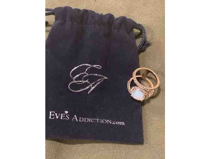 Eve's Addiction Ring