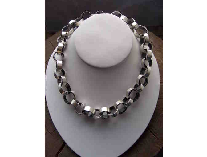'Rough Edge link necklace' by Nova Samodai