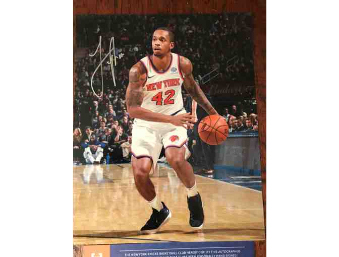 Autographed Lance Thomas Photo - New York Knicks