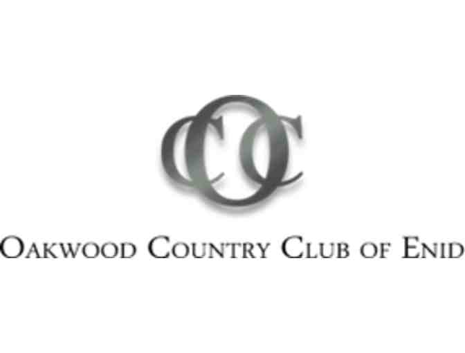 Oakwood Country Club - a foursome with carts