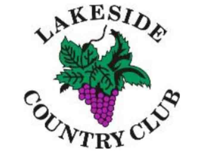 Lakeside Country Club - A foursome with carts