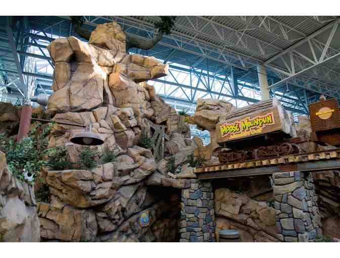 Mall of America Nickelodeon Universe and Blacklight Minigolf