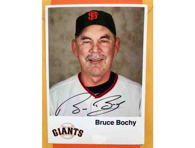 Autographed Photo of Bruce Bochy
