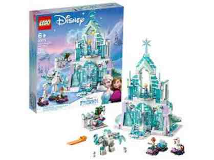 Frozen Elsa's Magical Ice Palace LEGO set