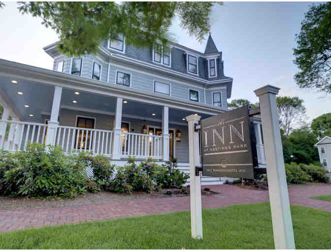 TWO NIGHT STAY WITH FREE BREAKFAST AT AWARD-WINNING INN AT HASTINGS PARK, LEXINGTON