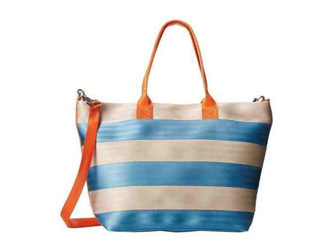 Harveys Seatbelt Bag- Medium