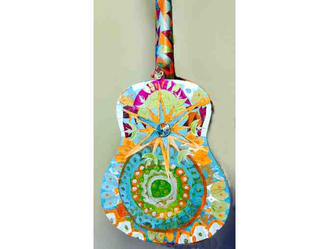 Decorative Art Guitar - Photo 3