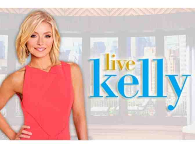 4 Tickets to LIVE Kelly Show