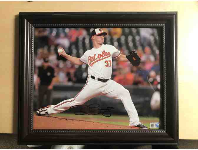 Autograph of Dylan Bundy