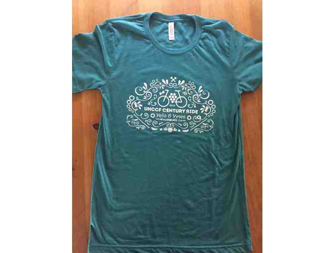 Velo & Vines T-shirt Size Medium
