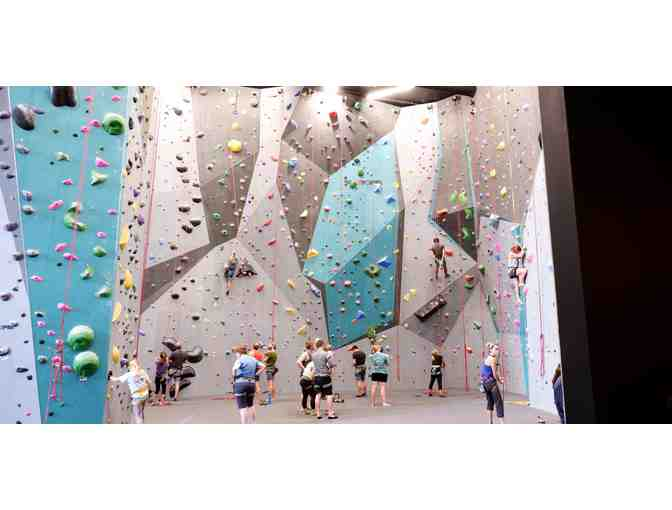 Climb Tulsa - Indoor rock climbing