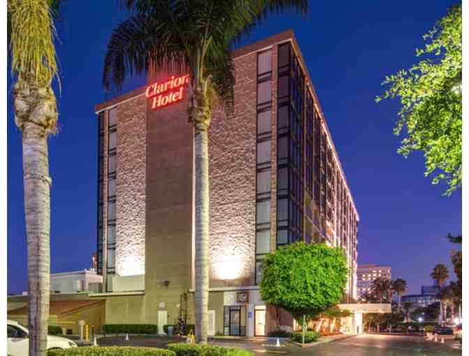 Clarion Hotel Anaheim Resort - Three (3) nights with breakfast/parking - Photo 1