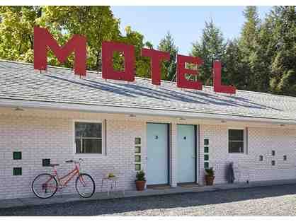 2 Nite Stay at The Starlite Motel in Kerhonkson, NY - recently renovated boutique motel