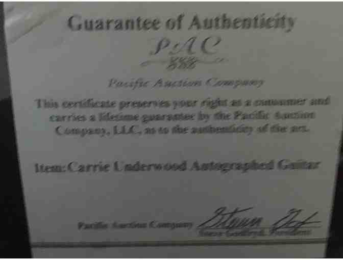 Carrie Underwood Acoustic Guitar with Letter of Authenticity - Photo 2