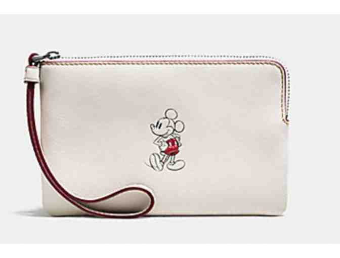 COACH CORNER ZIP WRISTLET IN GLOVE CALF LEATHER WITH MICKEY - Photo 1