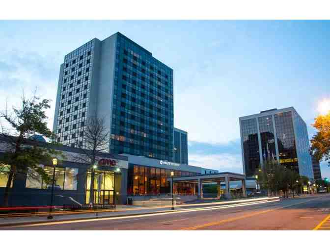 1 Night Stay at Hyatt Regency Morristown with Lunch, Dinner, & $50 to Glassworks Studio - Photo 2