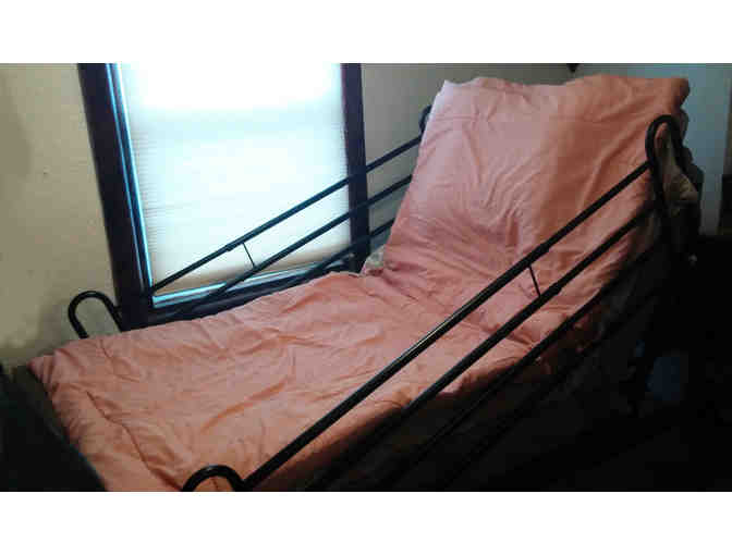 electric hospital bed with full bars pick up in Staten Island NYC
