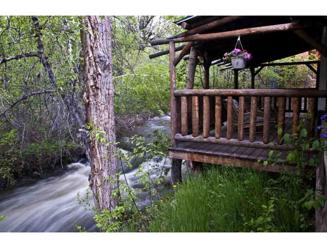 Wyoming Guest Ranch - Wild West Adventure for 4 for 4 Nights!