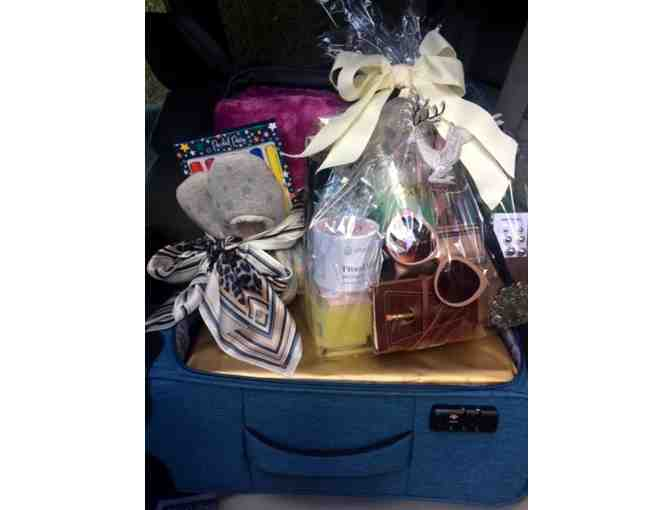 $1000 Dillard's Gift Basket Includes -  Luggage, Perfume, Jewelry, Sunglasses & More - Photo 1
