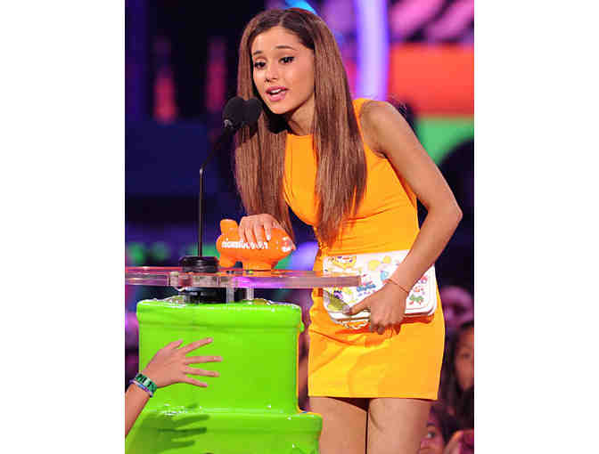 FOUR Tickets to the 2015 Nickelodeon Kids' Choice Awards