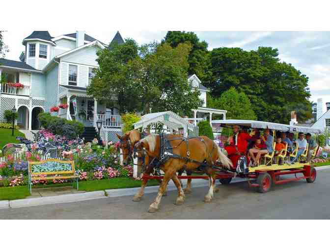 Mackinac Island Carriage Tour for 2 Adults