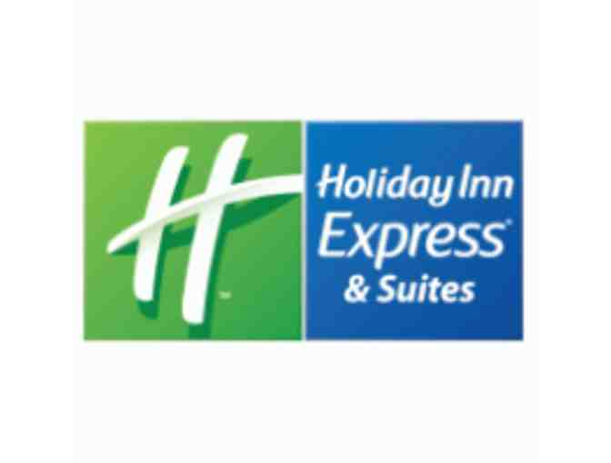 2-Night Stay & Breakfast at Holiday Inn Express & Suites Livonia, MI