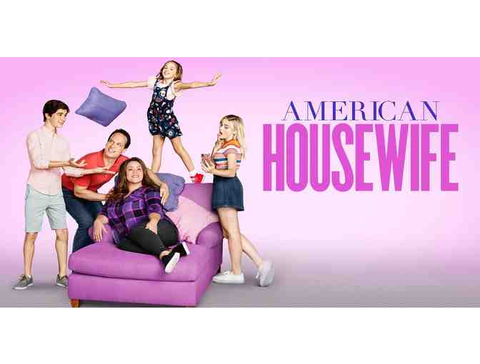 Set Visit to the Hit Family Comedy 'American Housewife'