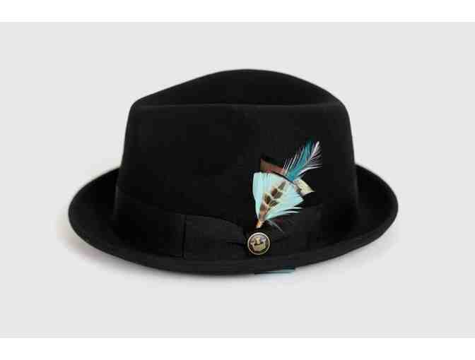 CLASSIC FEDORA & FEATHER - Photo 1