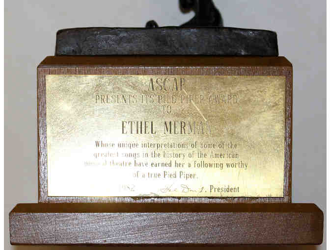 1982 Pied Piper Award given to Ethel Merman