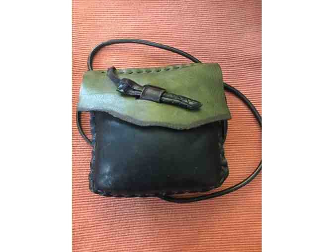 Fine craft leather bag - olive flap