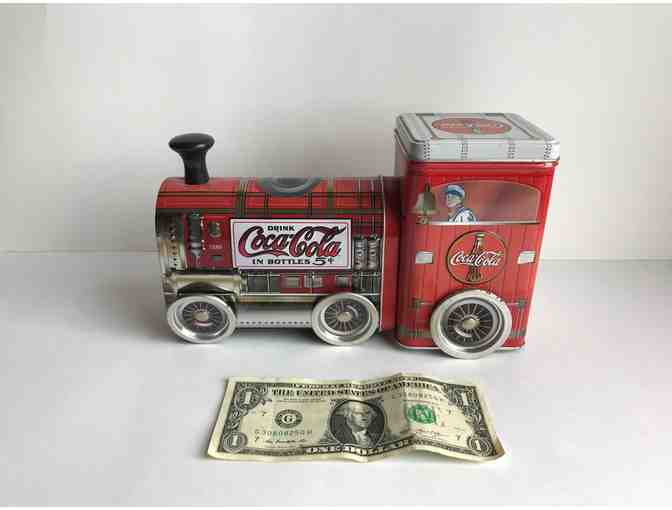 Coca-Cola Locomotive Train Red Tin Can With Turning Wheels