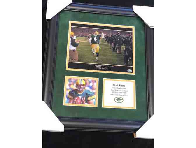 Green Bay Packers Brett Favre signed 8x10 framed with logo and stats plate