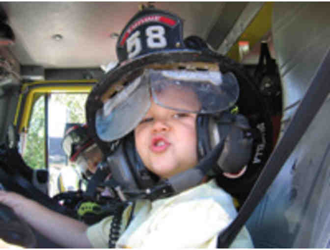 Marinwood Fire Department Ride to School!