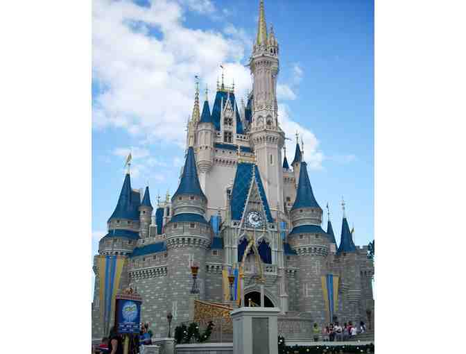 4 Day Family Trip to Disneyland & Surrounding Attractions
