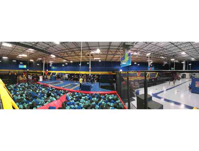 4 Jump Passes to Sky High Sports