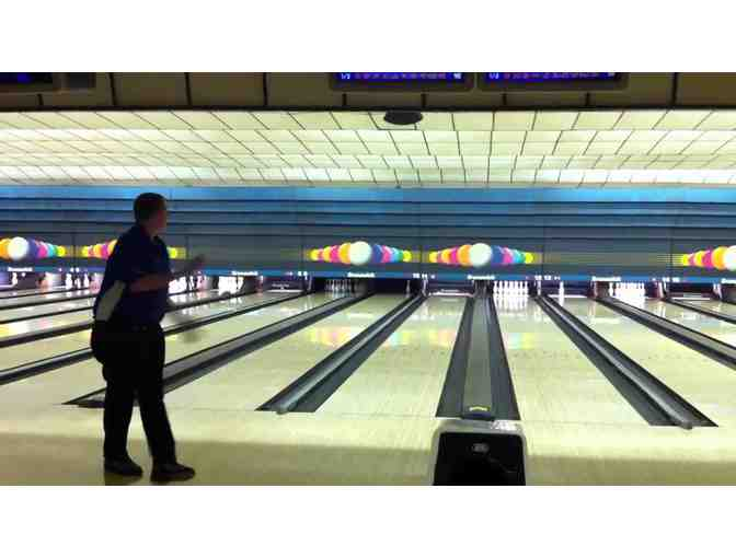 Family Party Package at Town & Country Bowling Lanes