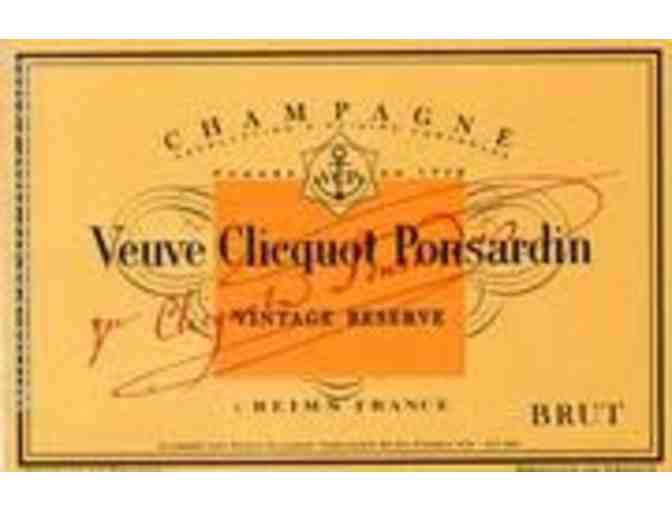 (1) 3.0L - Veuve Cliquot Yellow Label