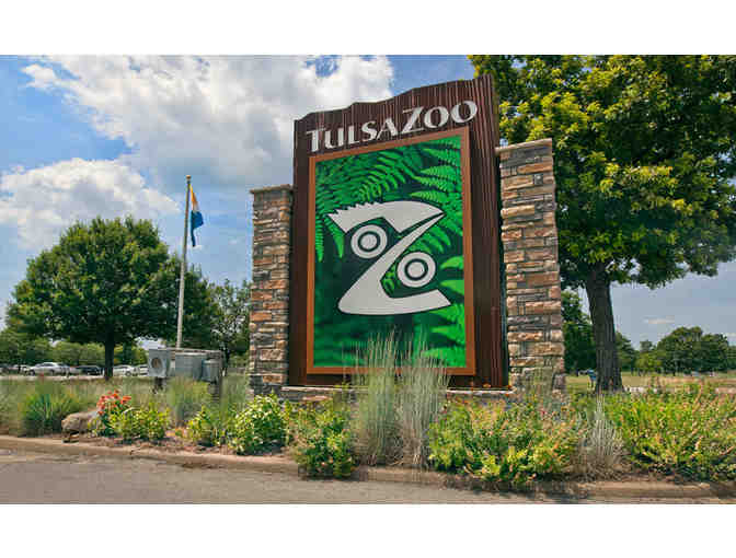 Family Fun at The Tulsa Zoo & Food at Jason's Deli