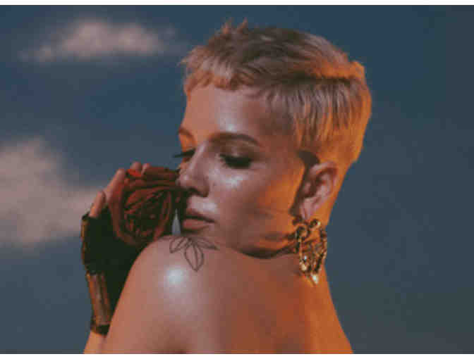 Halsey at American Airlines Center - October 26 2017 - Photo 1