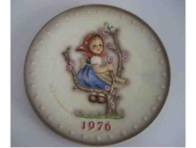 1976 - Apple Tree Girl Plate - Goebel Hummel - Hum 269 - Photo 1