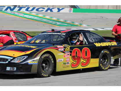 ND1642-19 The Ultimate NASCAR Driving Experience