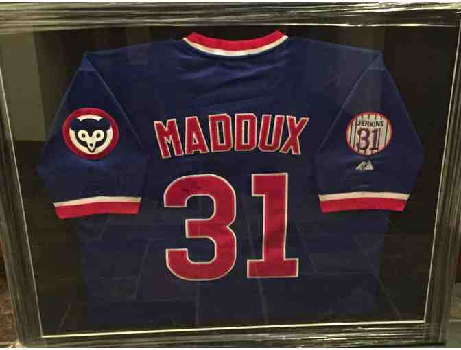 Greg Maddux autographed Cubs Jersey