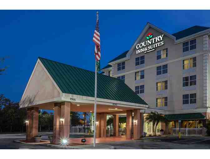 Country Inns & Suites of Crystal Lake Two Night St