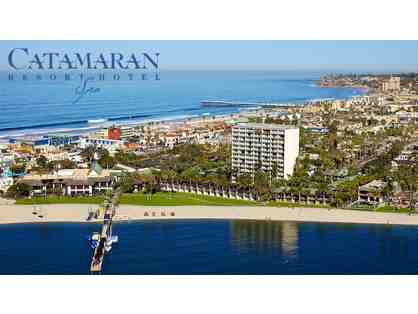 1 Night Stay w/Breakfast for 2 at Catamaron Resort Hotel