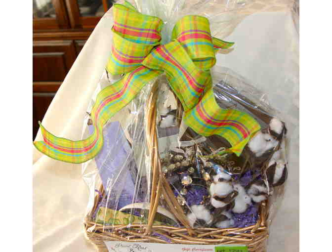 Gift Basket and $100 Gift Certificate to Paint Rust & Pixie Dust